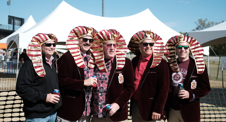 SIU Alumni at Football Tailgate